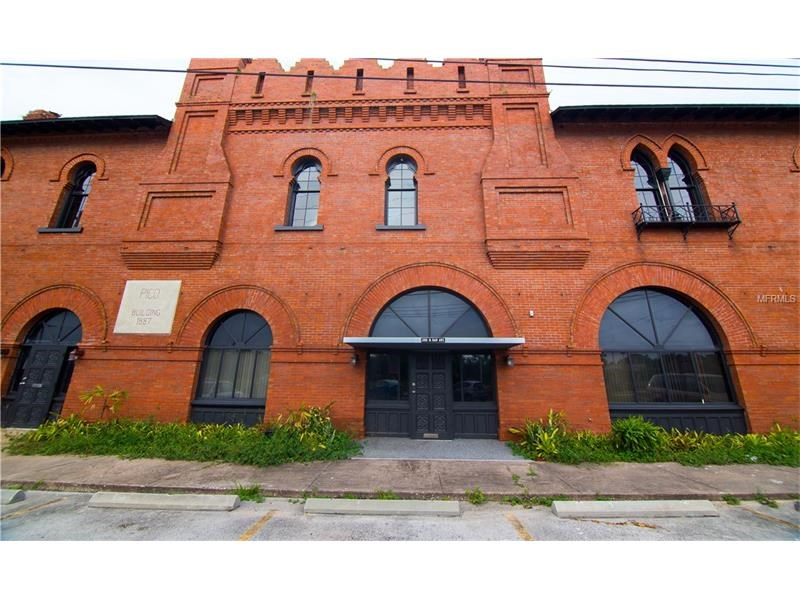 Historic Downtown Commercial Building For Sale in Sanford